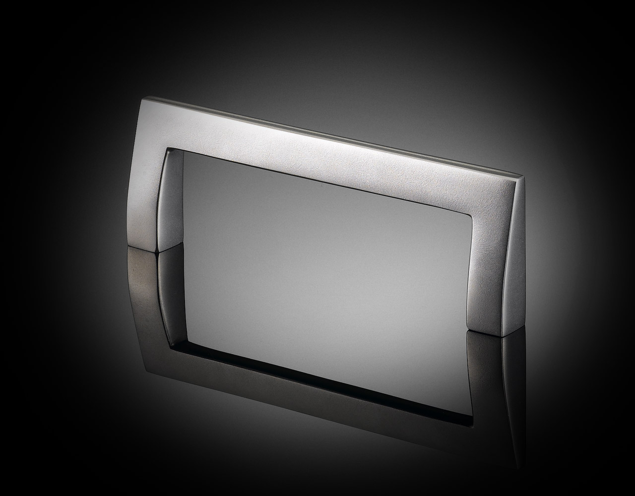 IRC01 Ian Ritchie designed bespoke cabinet handle