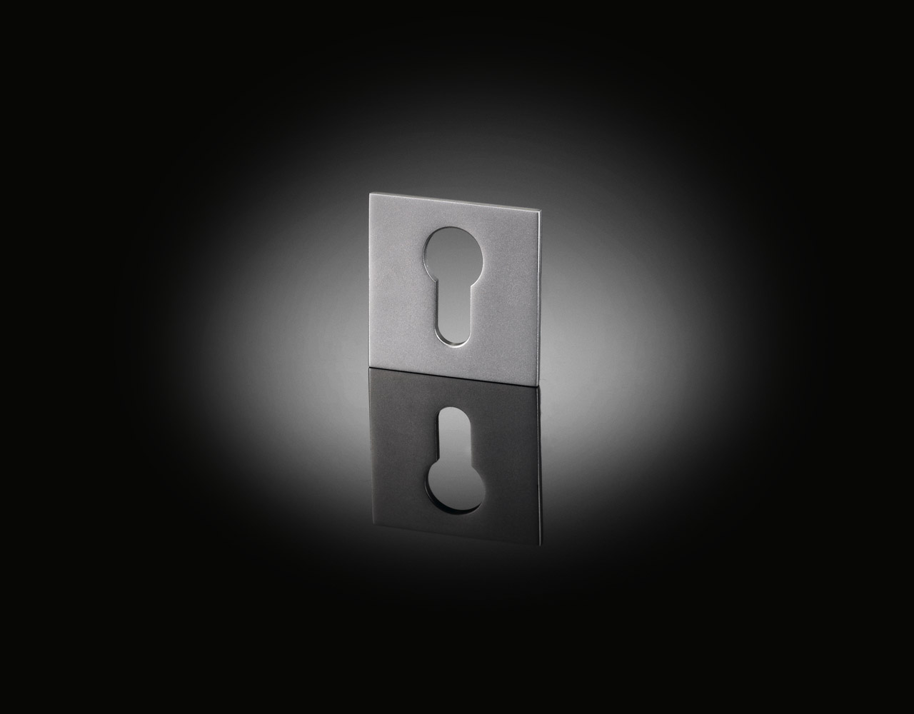 IRE01 bespoke square escutcheon designed by Ian Ritchie from izé