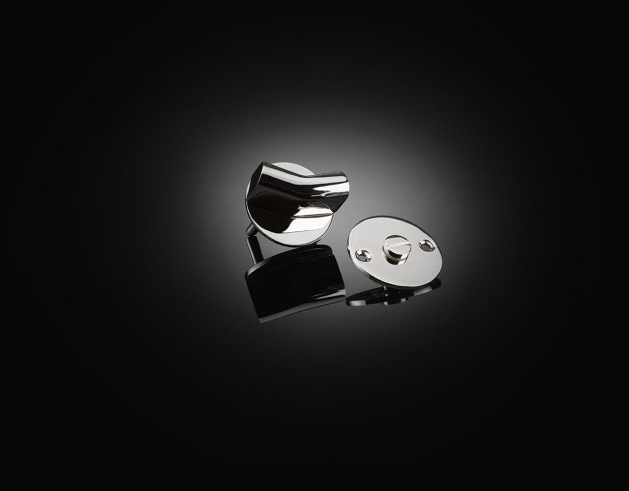 Sir Kenneth Grange designed bathroom privacy set in polished stainless steel by izé KGT04