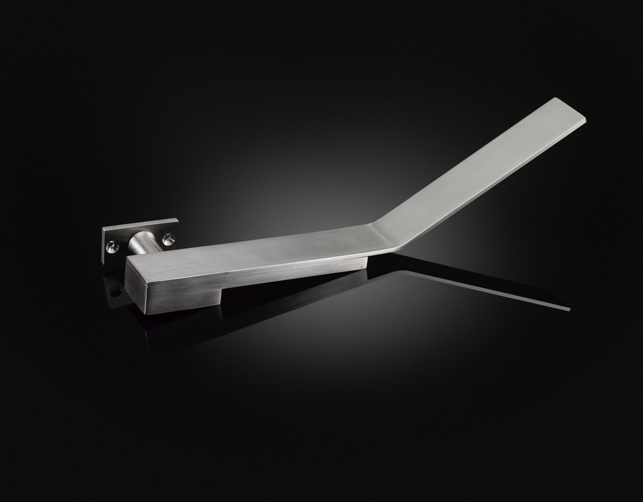 MKL01 Accessible luxury lever handle designed by MAKE Architects from izé in satin stainless steel